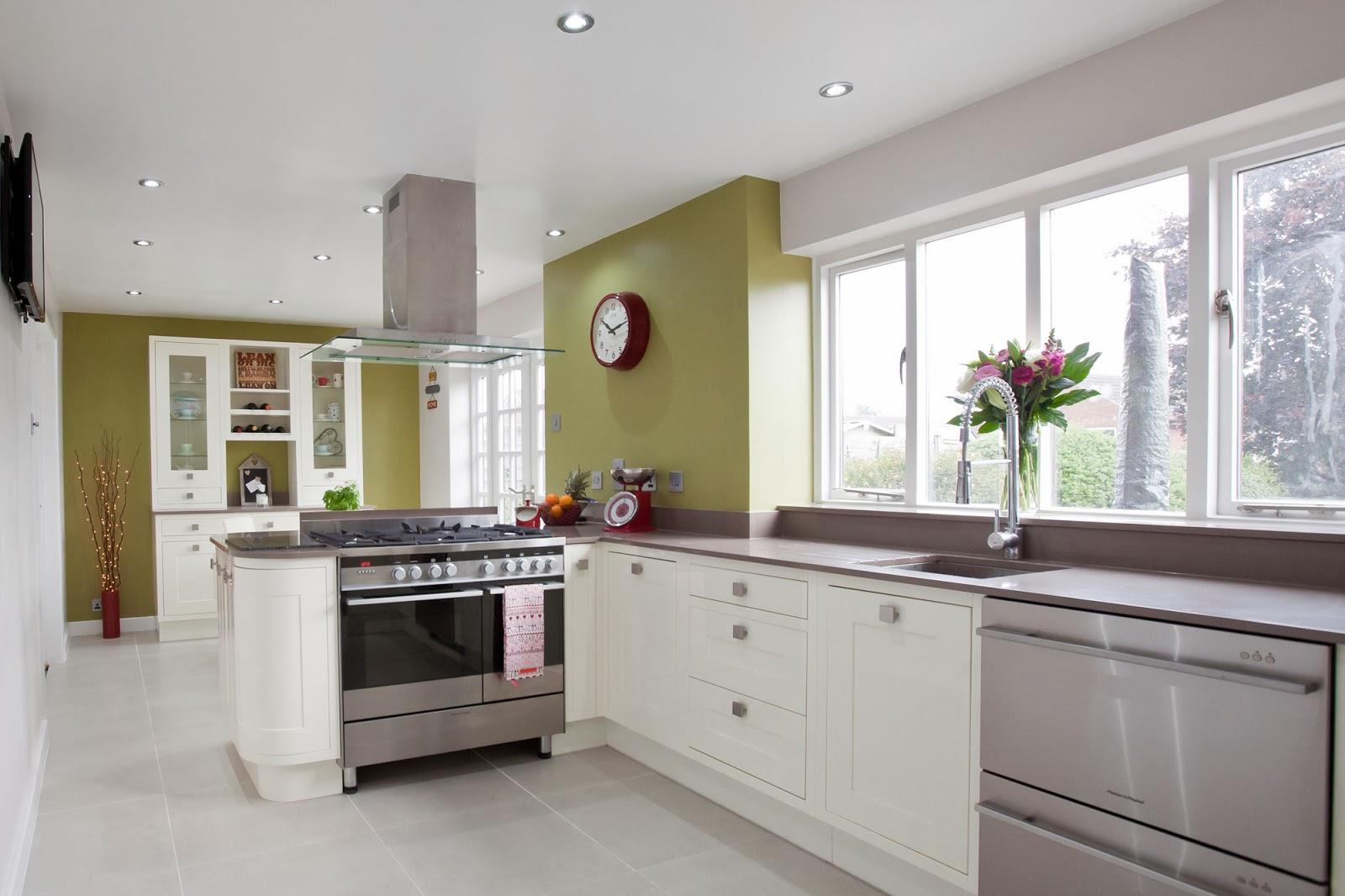 Taditional Twist, Kitchens, Traditional Kitchens, Charles Rennie Mackintosh  Kitchens, Baking, Cooking