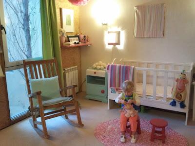alfombra ovalada bebe - Ideas para decorar un cuarto infantil. El cuarto del bebé.