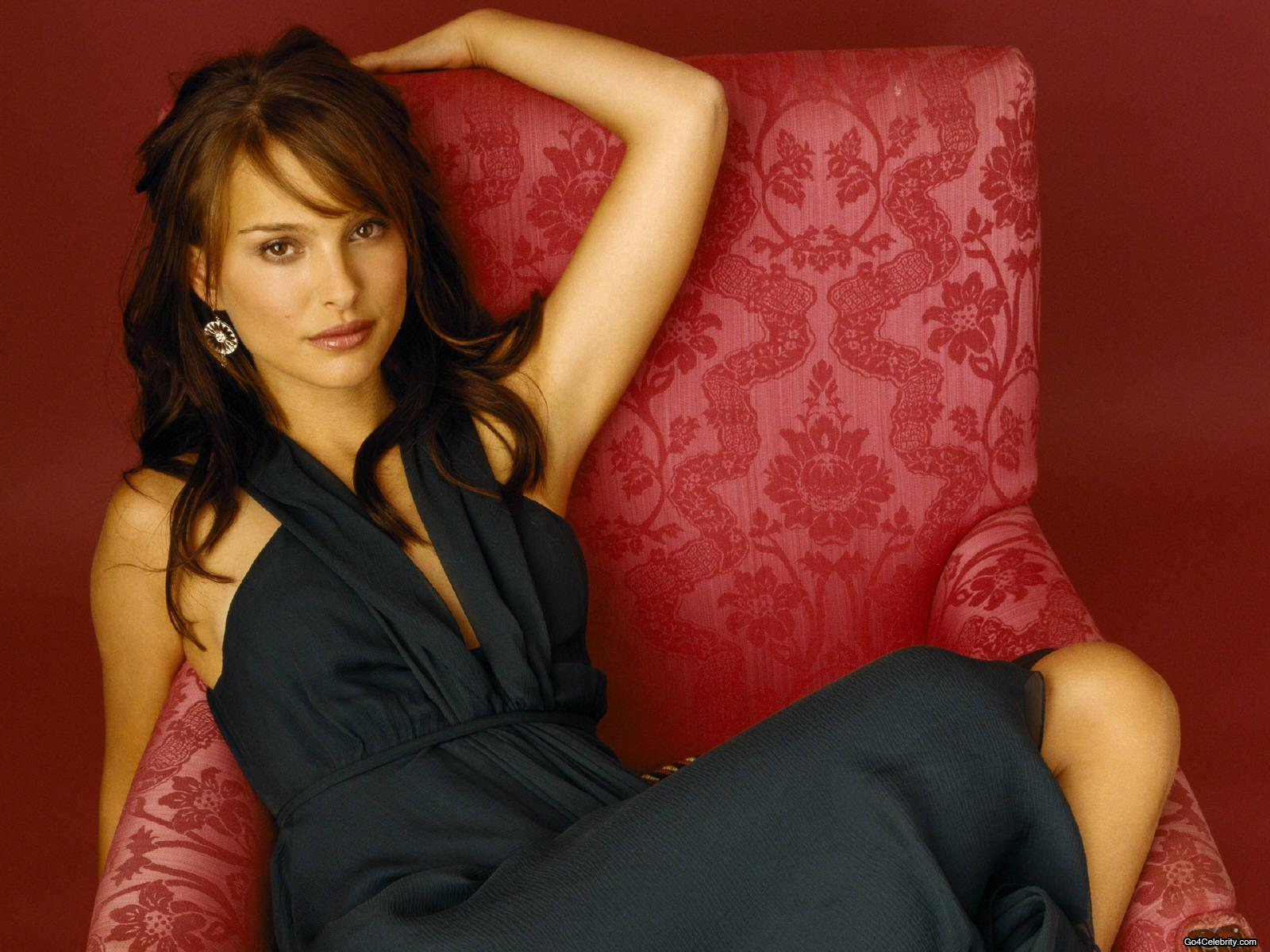 http://4.bp.blogspot.com/-aRUpkMGtoSo/T-WnUPwfbWI/AAAAAAAAFJY/TVLikwFJtlM/s1600/Natalie-portman-hot-sexy-picture+(10).jpg