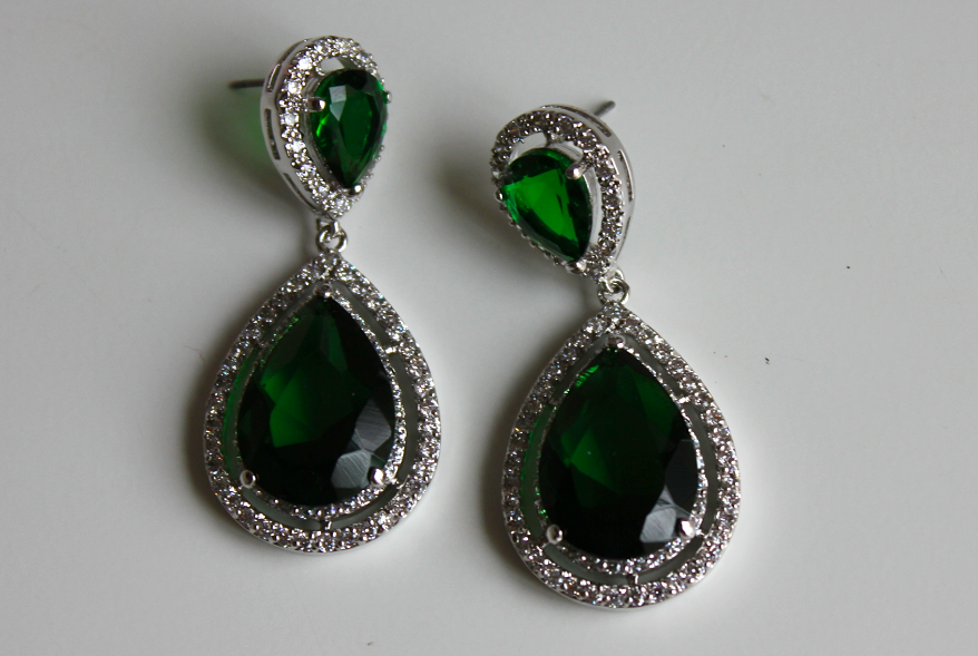 BaubleBar Bauble Bar NYC Drop Earrings Anastasia green emerald