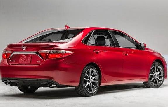 2017 Toyota Camry Hybrid Rear