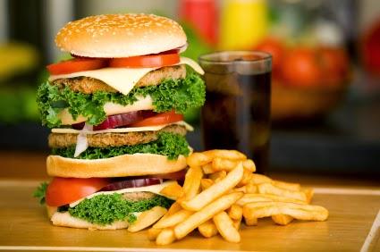 makanan pantangan penyakit jantung bengkak