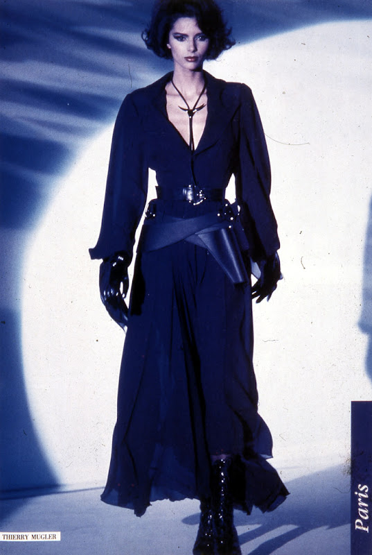 Julie Anderson in Thierry Mugler