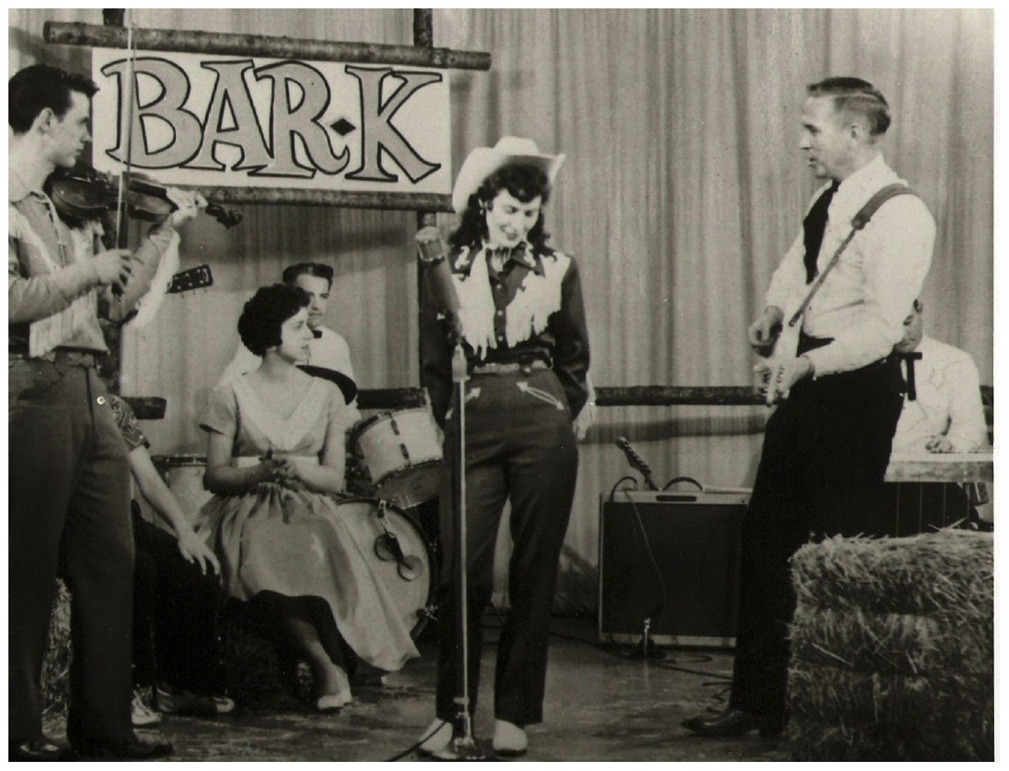 Photo Buck Owens & the Bar-K Gang (with guest Loretta Lynn), KTNT-TV studios, Tacoma - 1960 Courtesy Buck Owens collection