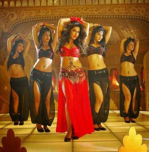 Chitrangada-Singh-Stills-from-Anjaan-Movie-1