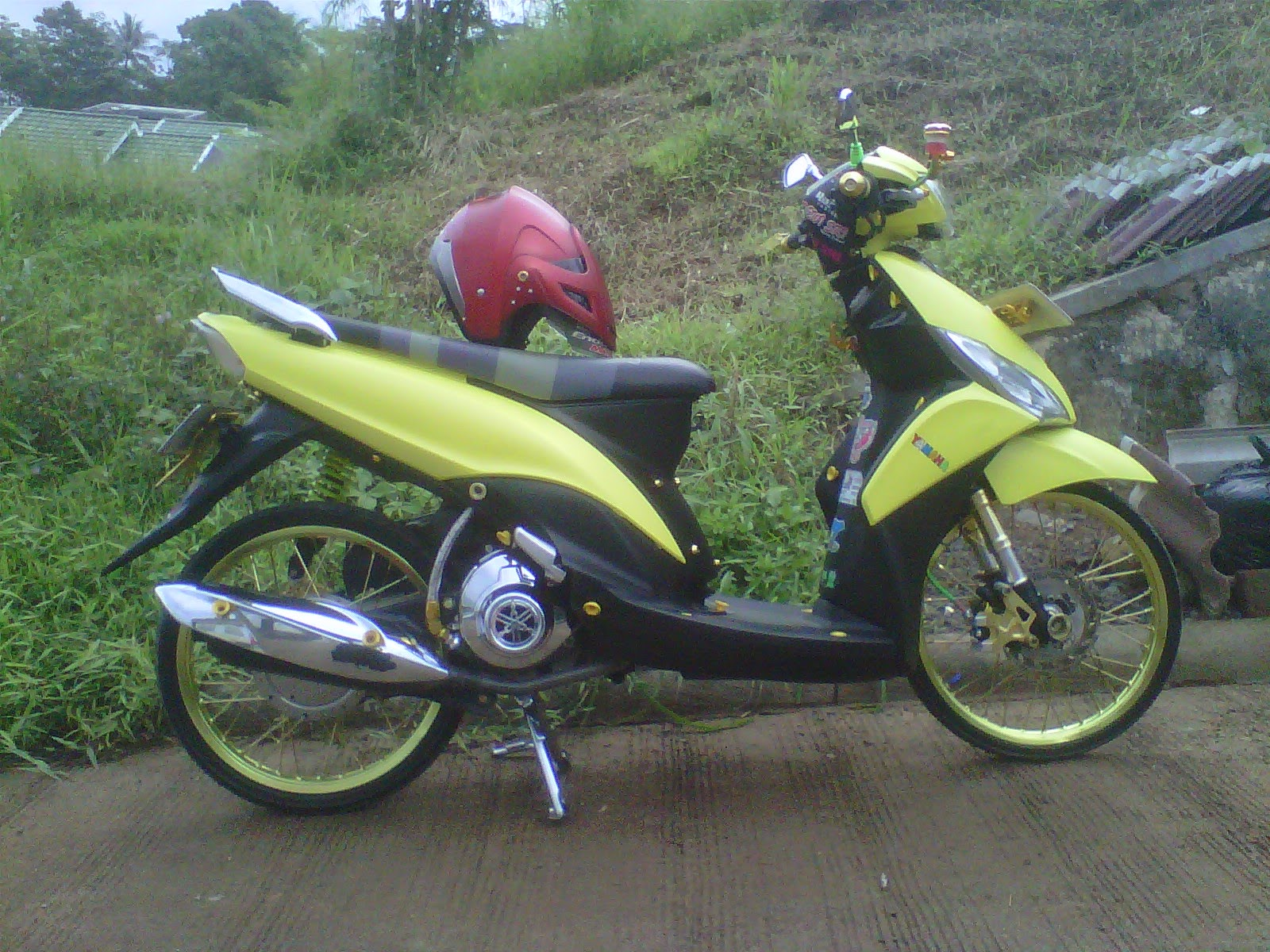 Top modifikasi mio j thailook