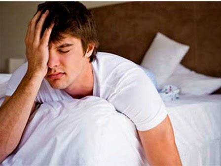 Tiểu buốt ở nam giới có phải do thận hư?