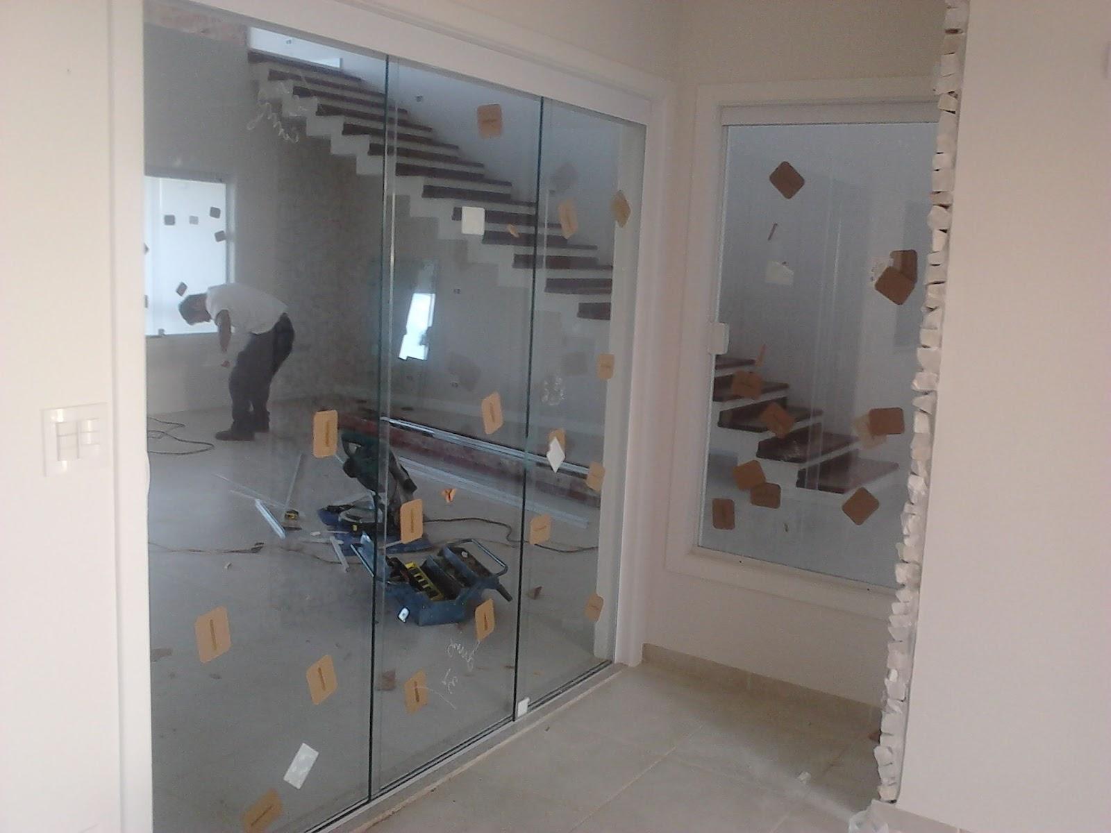 #6B5C4E  VIDROS: Fechamento de varanda portas janelas pivotantes box e hidro 1612 Vidros Para Portas E Janelas