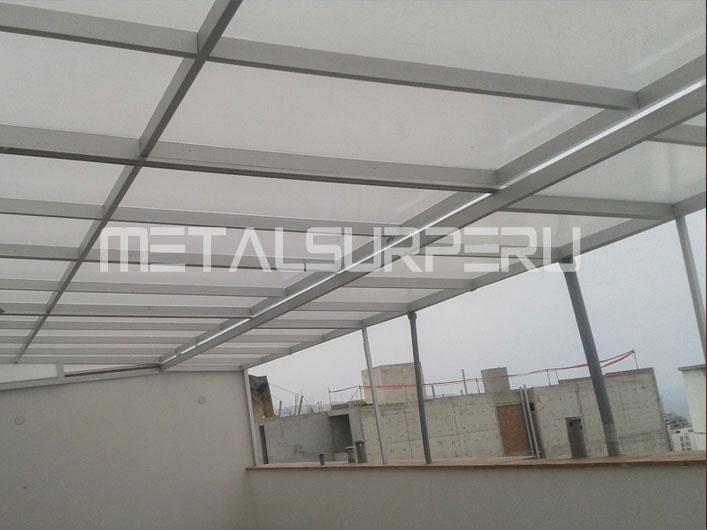 Techos para patios coberturas met licos arequipa for Modelos de gibson para techos