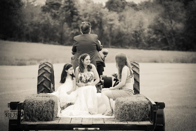 Vintage Farm Wedding Photographer|Berryville Virginia Photographer