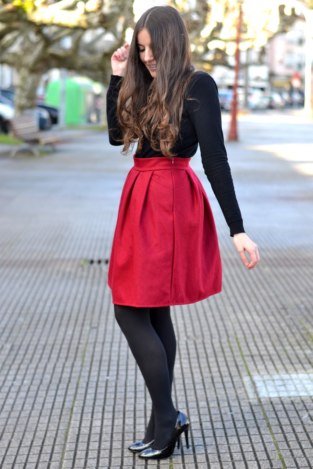 outfits red skirt