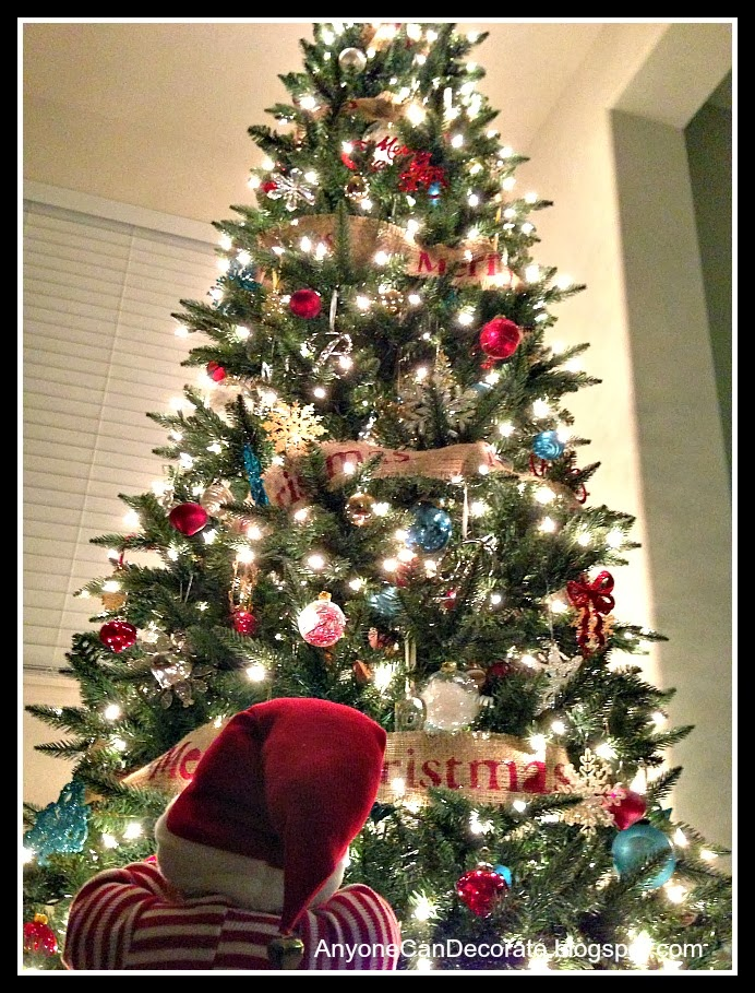 Christmas Tree Decorating With Garland : Anyone can decorate category burlap garland diy