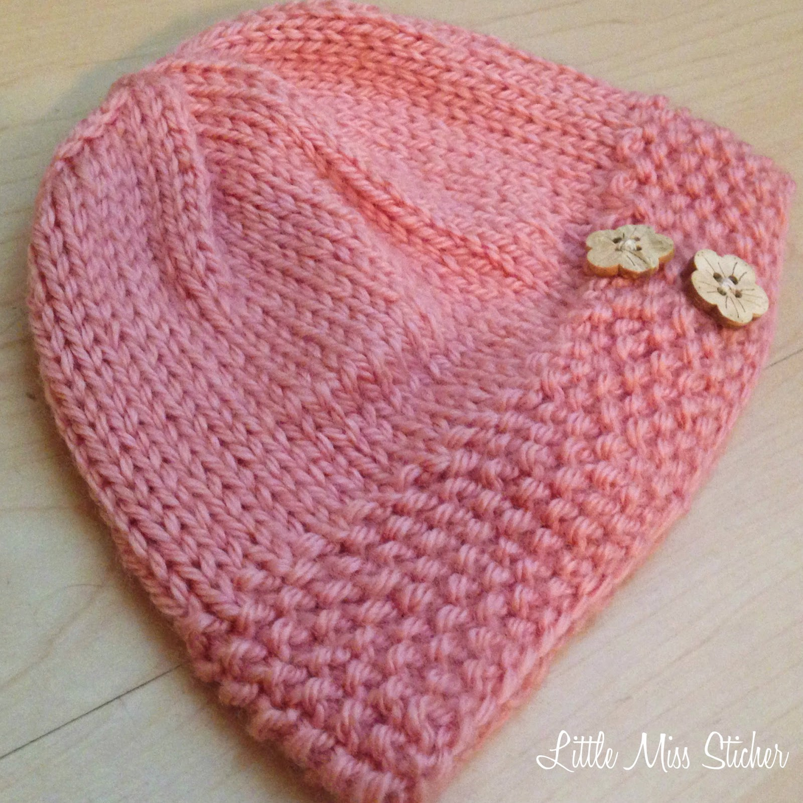 Easy Beanie Hat Knitting Pattern Free : Little Miss Stitcher: Bitty Beanie Free Knit Pattern