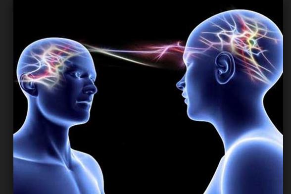 العلماء يثبتون أن الحسد موجود ومضر بالدماغ .