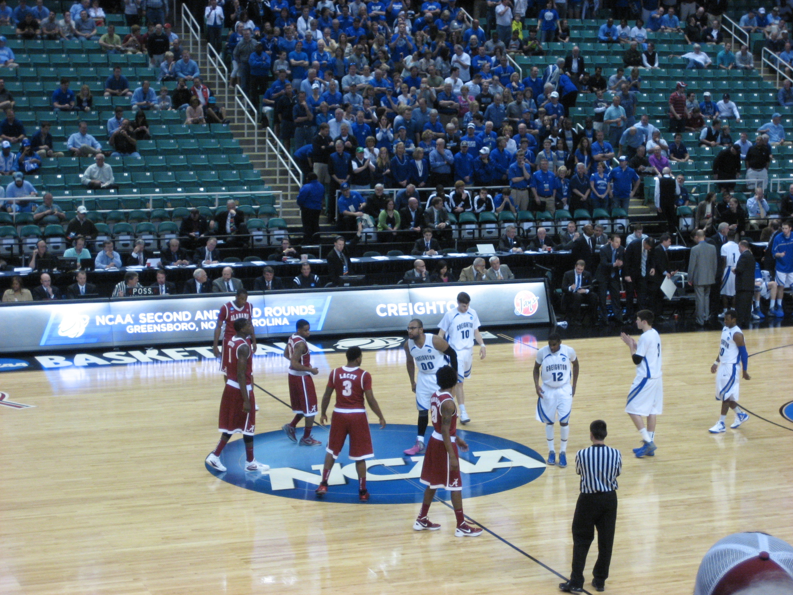 Creighton Bluejays Wallpaper Creighton Switched Between a