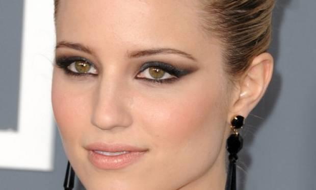 cat eyes makeup, maquilhagem olho puxado, delineado gatinho