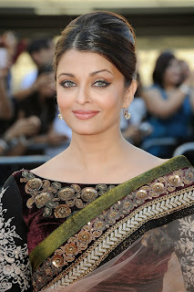 Aishya Rai Looks Beautiful in Heavy Jari Work Saree