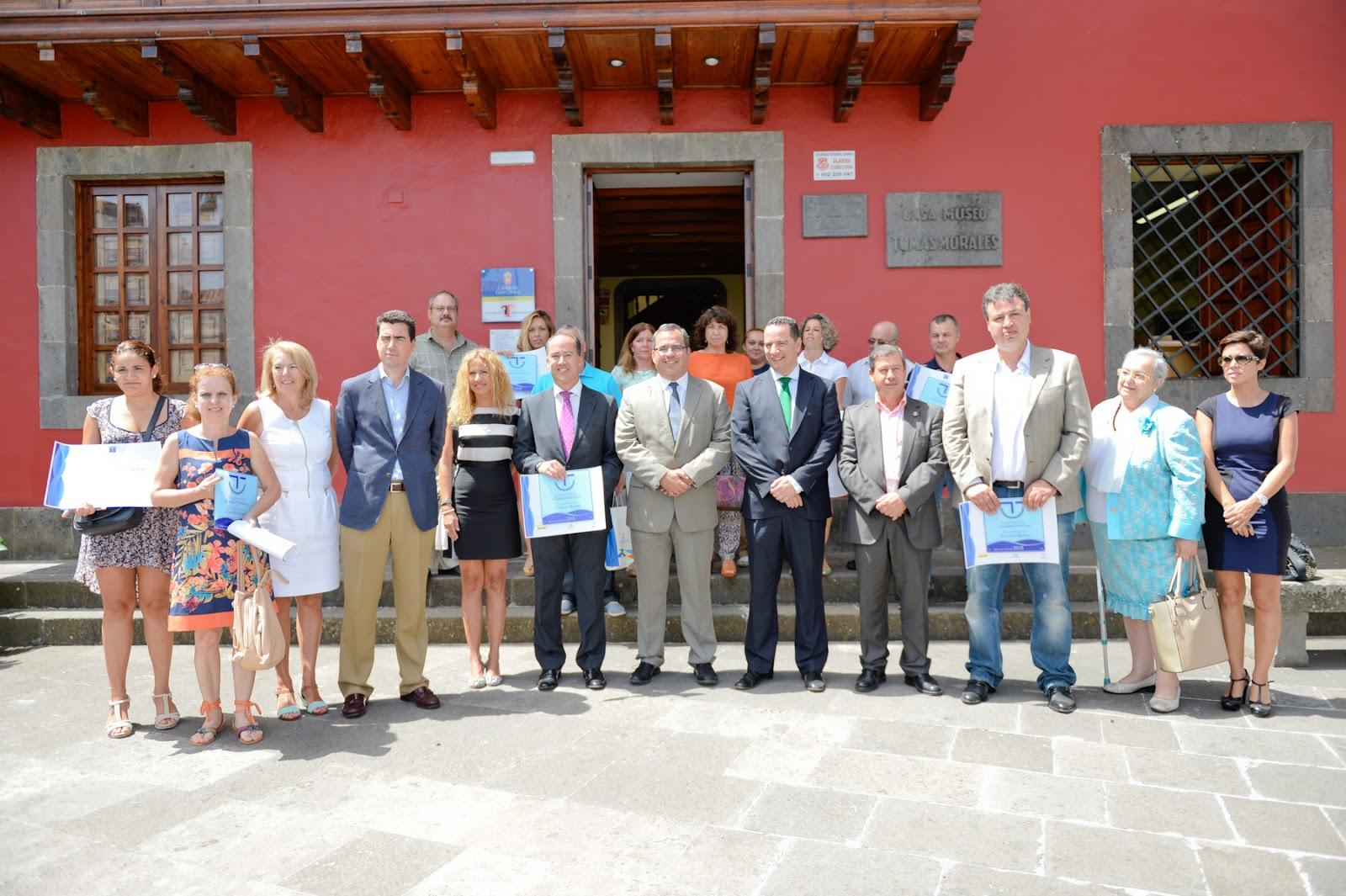 La oficina de turismo de san mateo renueva su distintivo for Oficina turismo canarias