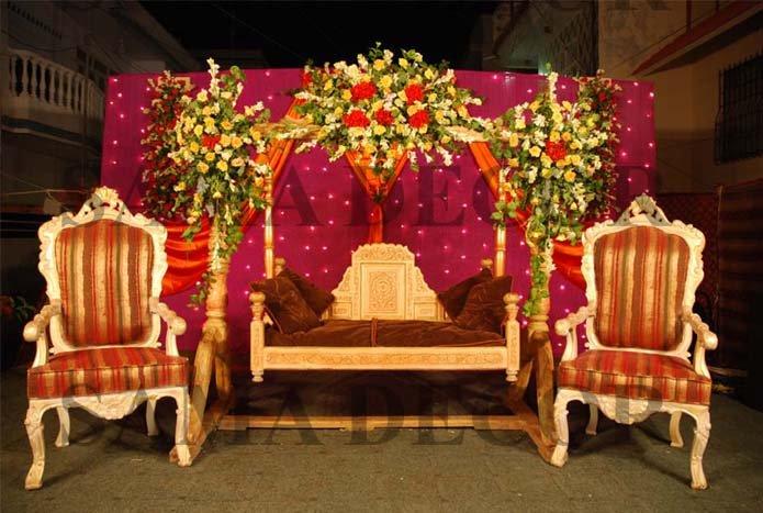 Mehndi Jhoola Decoration : Welcome to fashion forum mehndi stage decoration