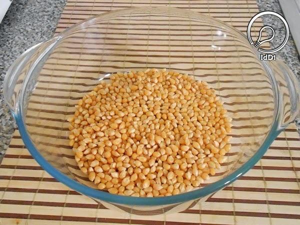 PIPOCA NO MICRO-ONDAS - Com milho de pipoca comum