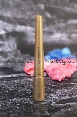 Inez 900 Ultra Fine Liquid Eye Liner in Black memiliki kuas yang sangat tipis jadi bisa membuat garis yang presisi dan rapi.