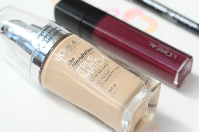 Close up of L'Oreal true match foundation