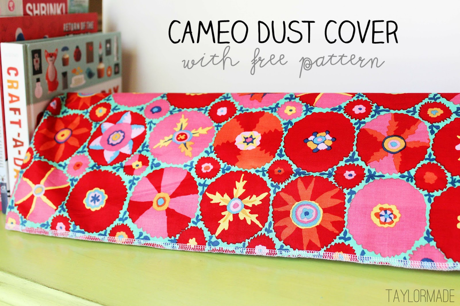 Silhouette Cameo Dust Cover (with pattern) - TaylorMade