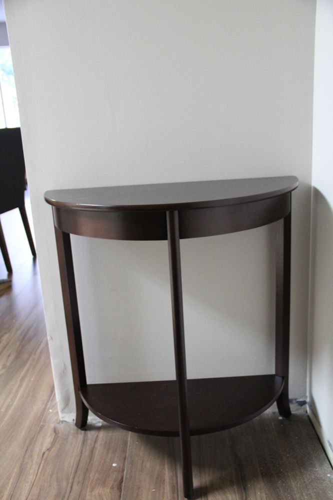 Foyer Table Craigslist : Vee dee at home