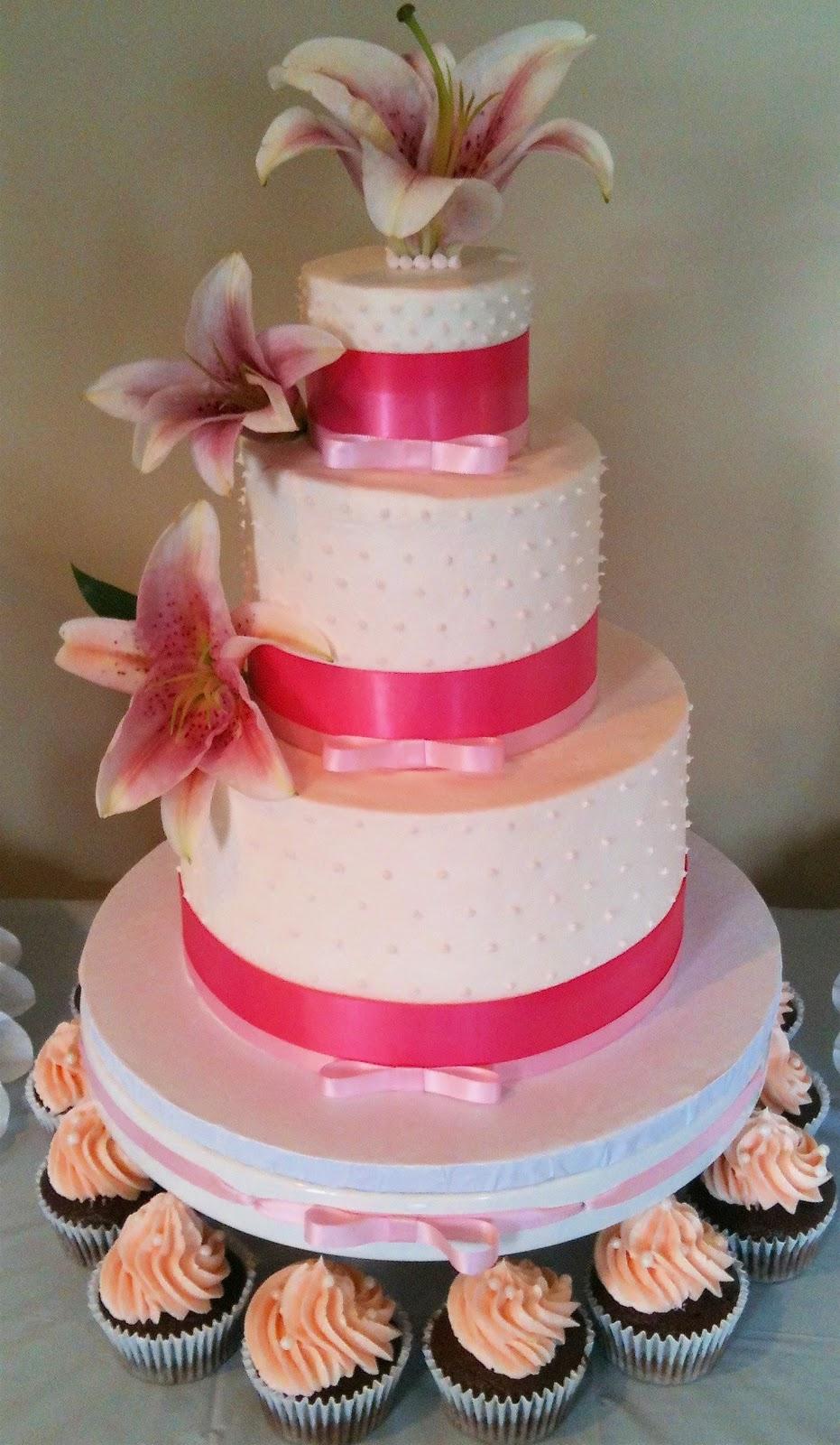 MegMade Cakes: Matt & AJ\'s Wedding Cake