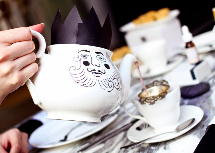 Mad Hatter's Tea Party with One Love Organics