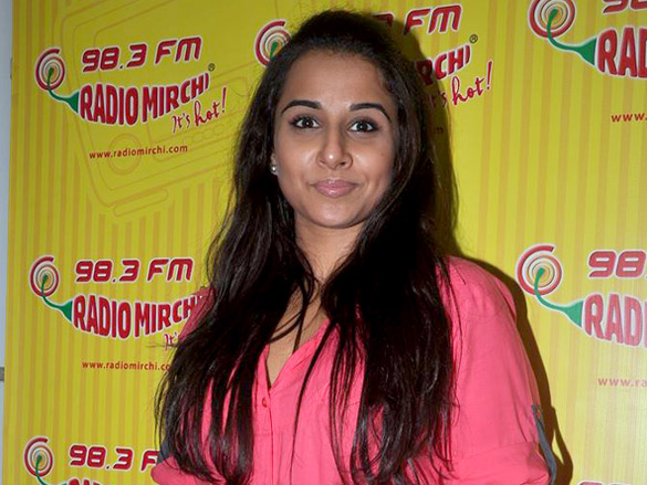 vidya balan at radio mirchi hot images