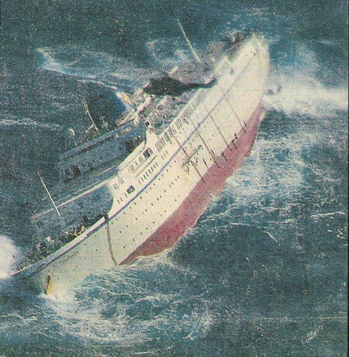 Sinking Cruise Ship Oceanos | fitbudha.com