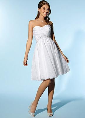 Vestido de noiva curto para grávidas