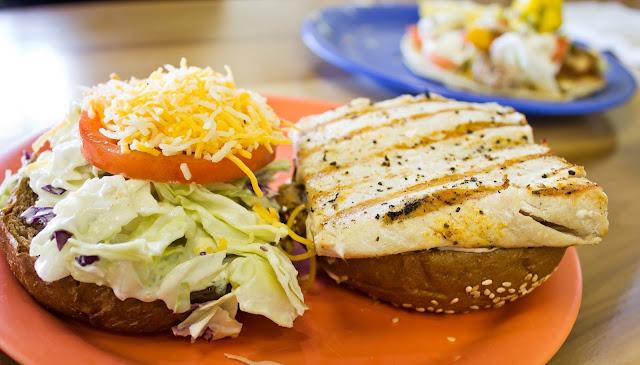 ¿Cómo preparar una hamburguesa de pescado?