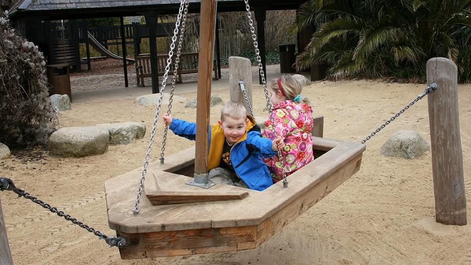 Детская площадка памяти принцессы Дианы