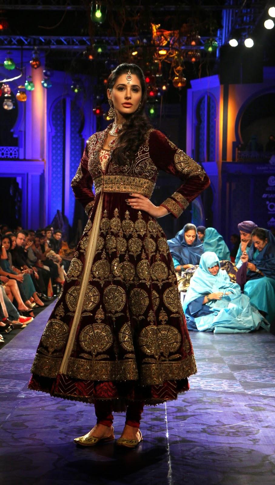 Fantastic HD Pictures of Nargis Fakhri | HD Wallpapers of Nargis Fakhri