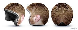 capacete cabeça cabeluda