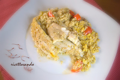 Quinoa allo zafferano con platessa e verdure ricetta light piatto unico di pesce