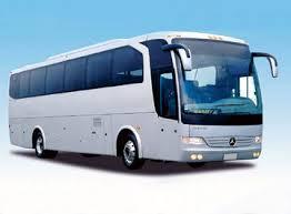 Fuengirola dobla las ayudas al transporte universitario concedidas para el curso 2012/2013