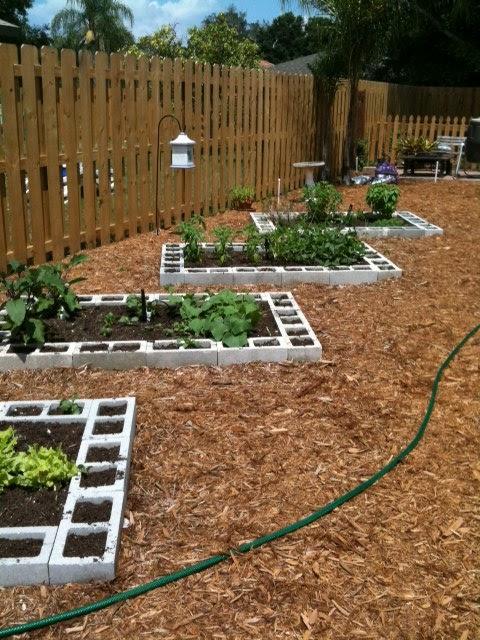 4 the luv of...: Vegetable Garden Design