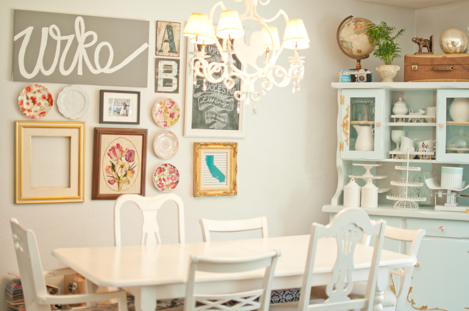 Domestic Fashionista: Almost White Dining Room