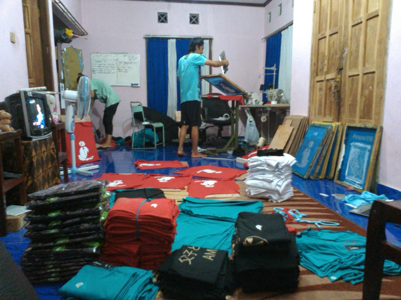 Hasil produksi kaos jaket poloshirt jimisnotdead | jimisnotdead ...