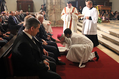 Obispo de Alcalá Juan Antonio Reig Pla lavatorio de pies el Jueves Santo