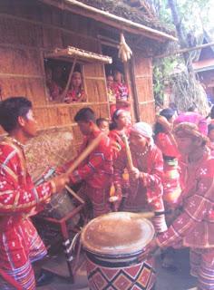 Davao City, Matigsalug, Bukidnon, Quezon, Davao River, Maguindanao, Magindanaw, Tribes in Davao City, Davao delights