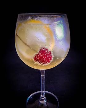 Lillet Tônica: uma bebida leve e aromática