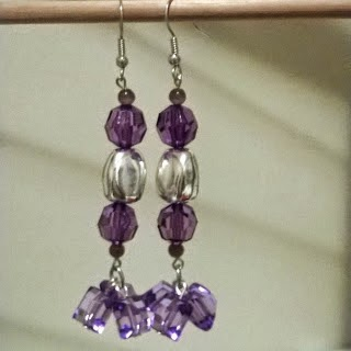 http://mencysplace.blogspot.com/2015/01/diy-tutorial-fashion-dangle-earrings.html