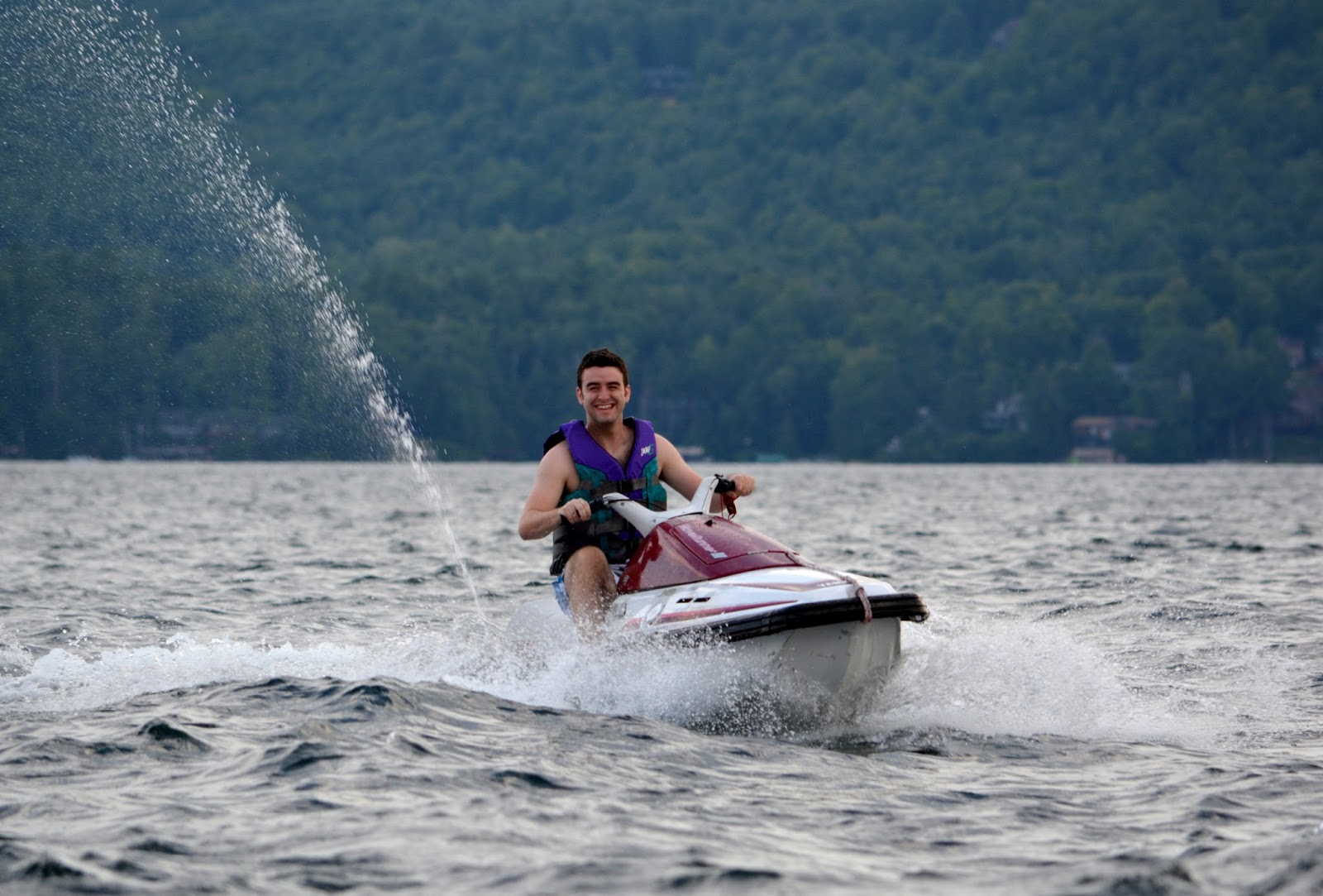 cozy birdhouse | jet skis on lake george