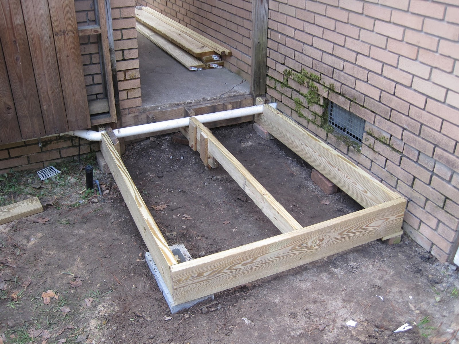 Khanzilla outdoor project 5 x 4 deck 11 for Outdoor decking boards