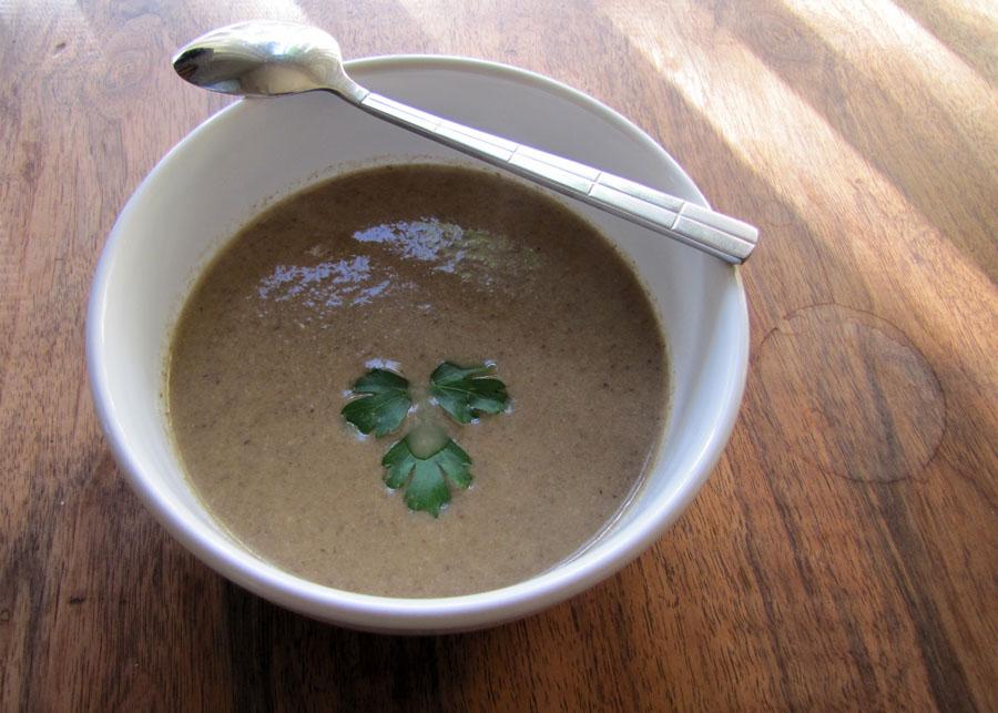 ... Like Food in Here: Anthony Bourdain Les Halles Cookbook Mushroom Soup