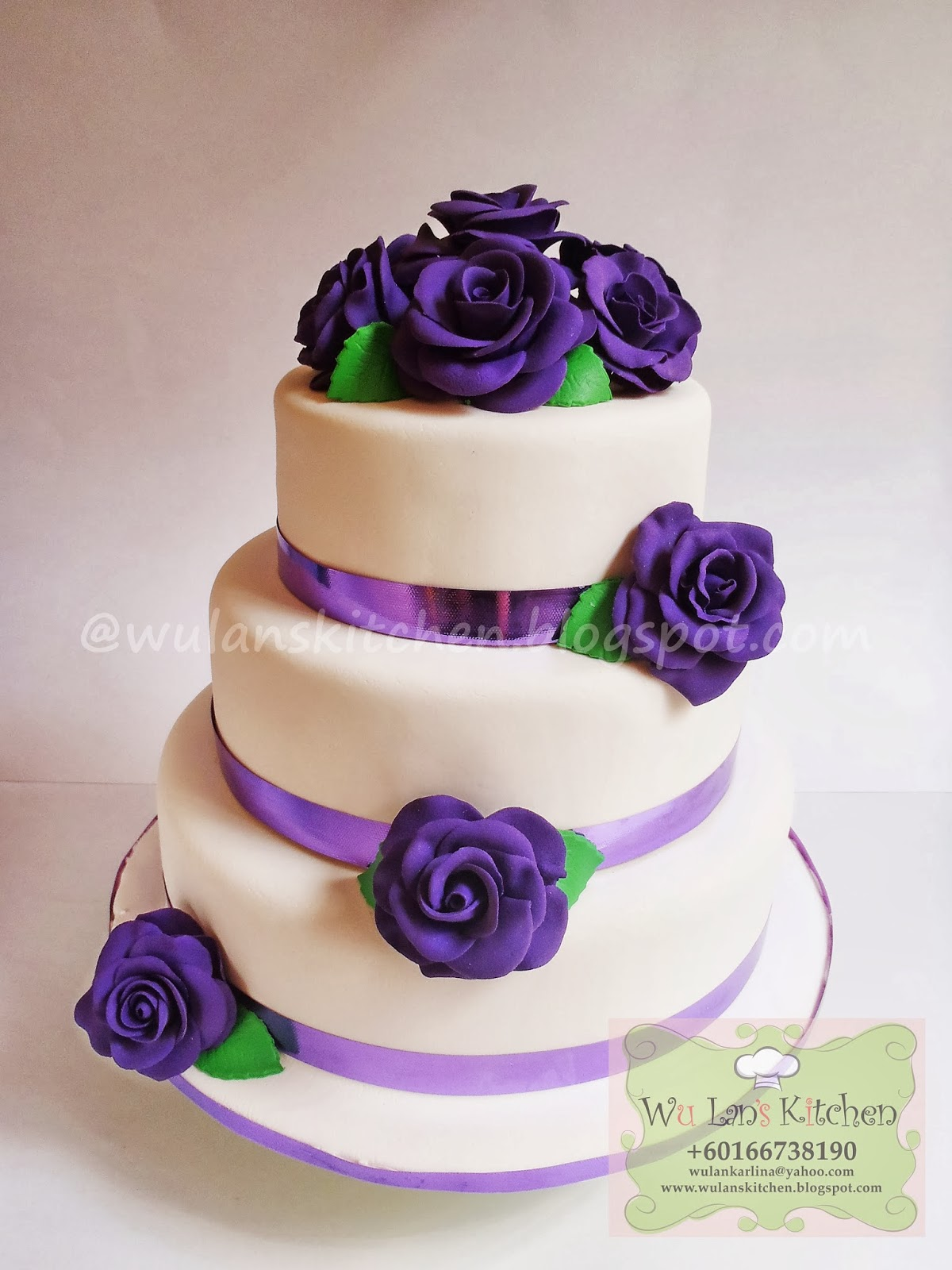 Purple Rose Wedding Cupcakes Viewing Gallery